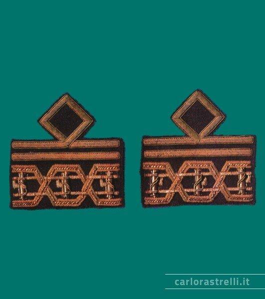 Distintivi di grado mod. 1939 da Luogotenente Generale